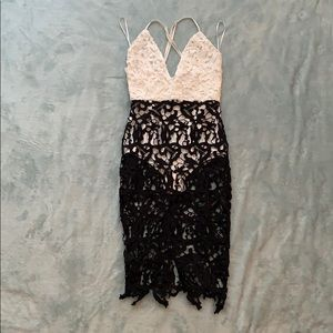 Black/White Lace MissGuided Dress